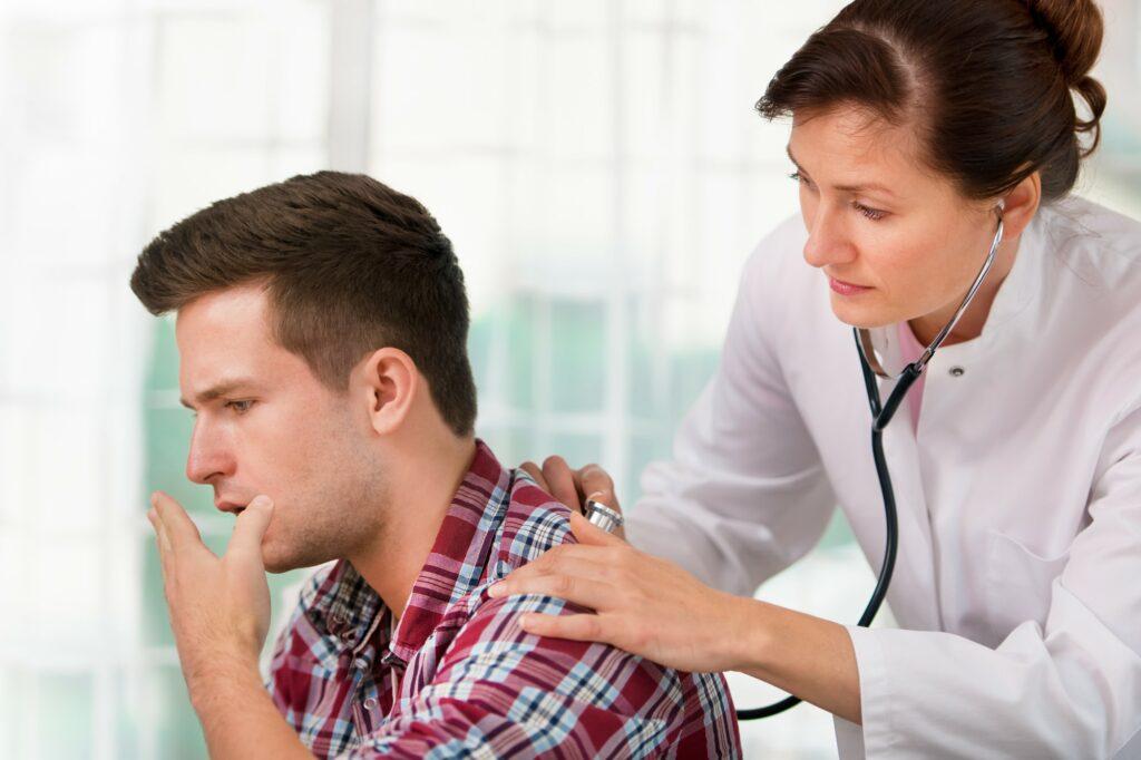 Симптомы и лечение трахеита у взрослых