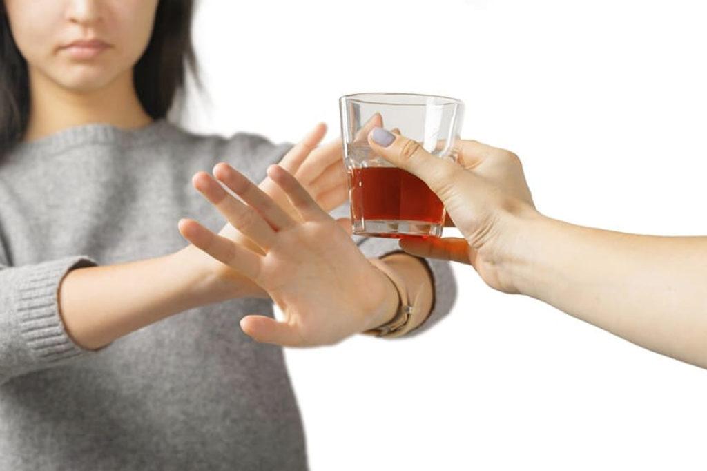 Лечение трахеита с помощью алкоголя