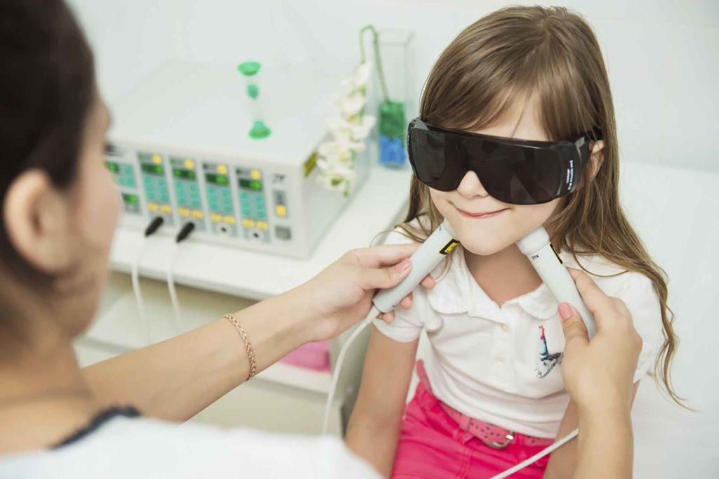 Как делать физиопроцедуры детям