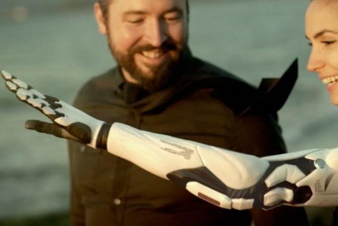 Принцип работы бионического протеза