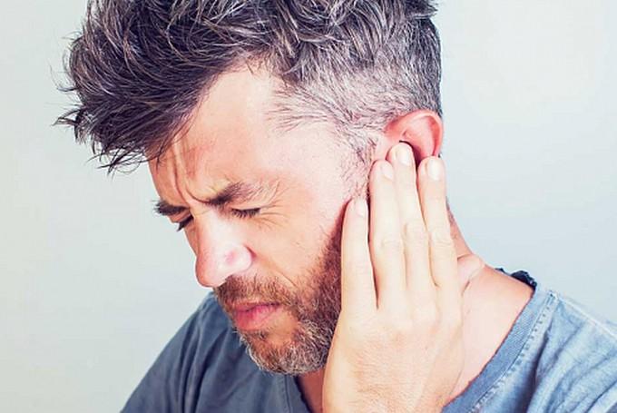 Симптомы, диагностика и лечение аэроотита